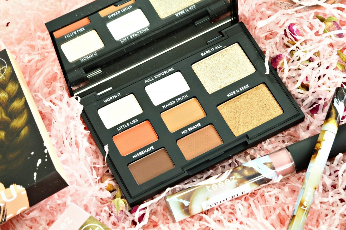 Teeez Cosmetics Riot Neutral Eyeshadow Palette
