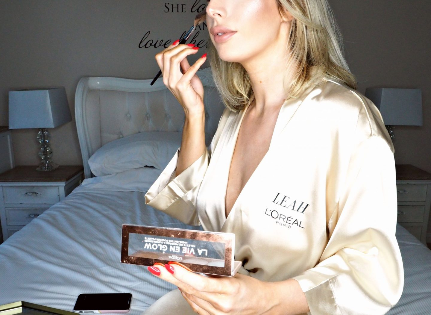 L'Oreal La Vie En Glow highlighter - the best highlighter I've used!