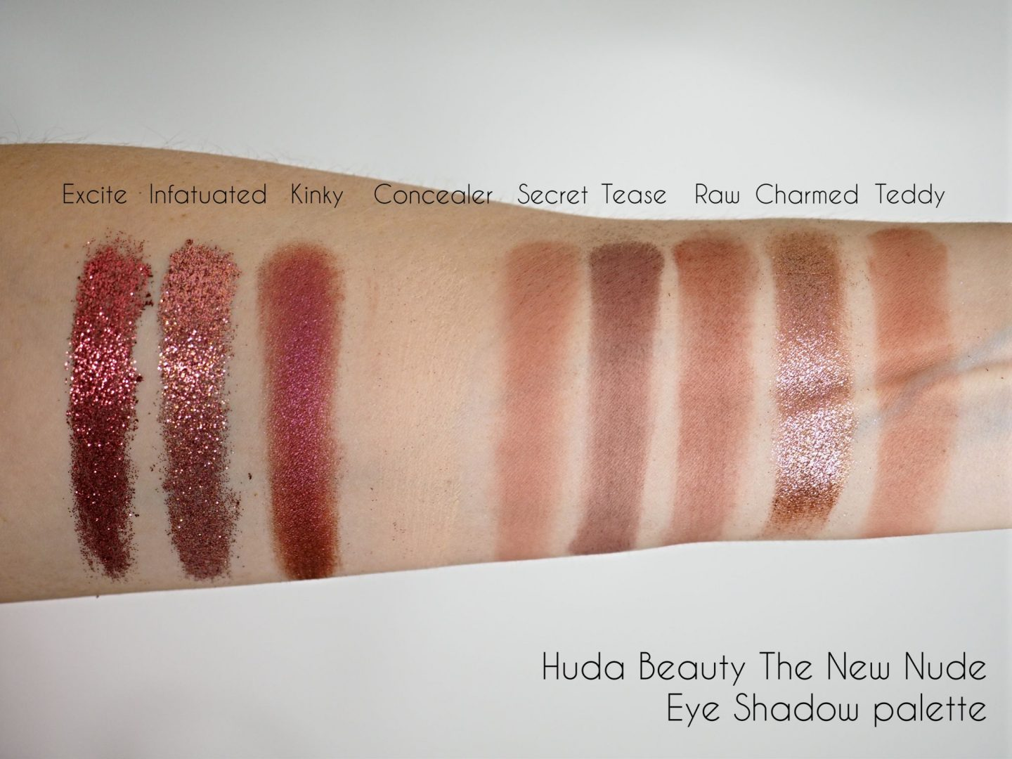Huda Beauty The New Nude Eye Shadow Palette swatches