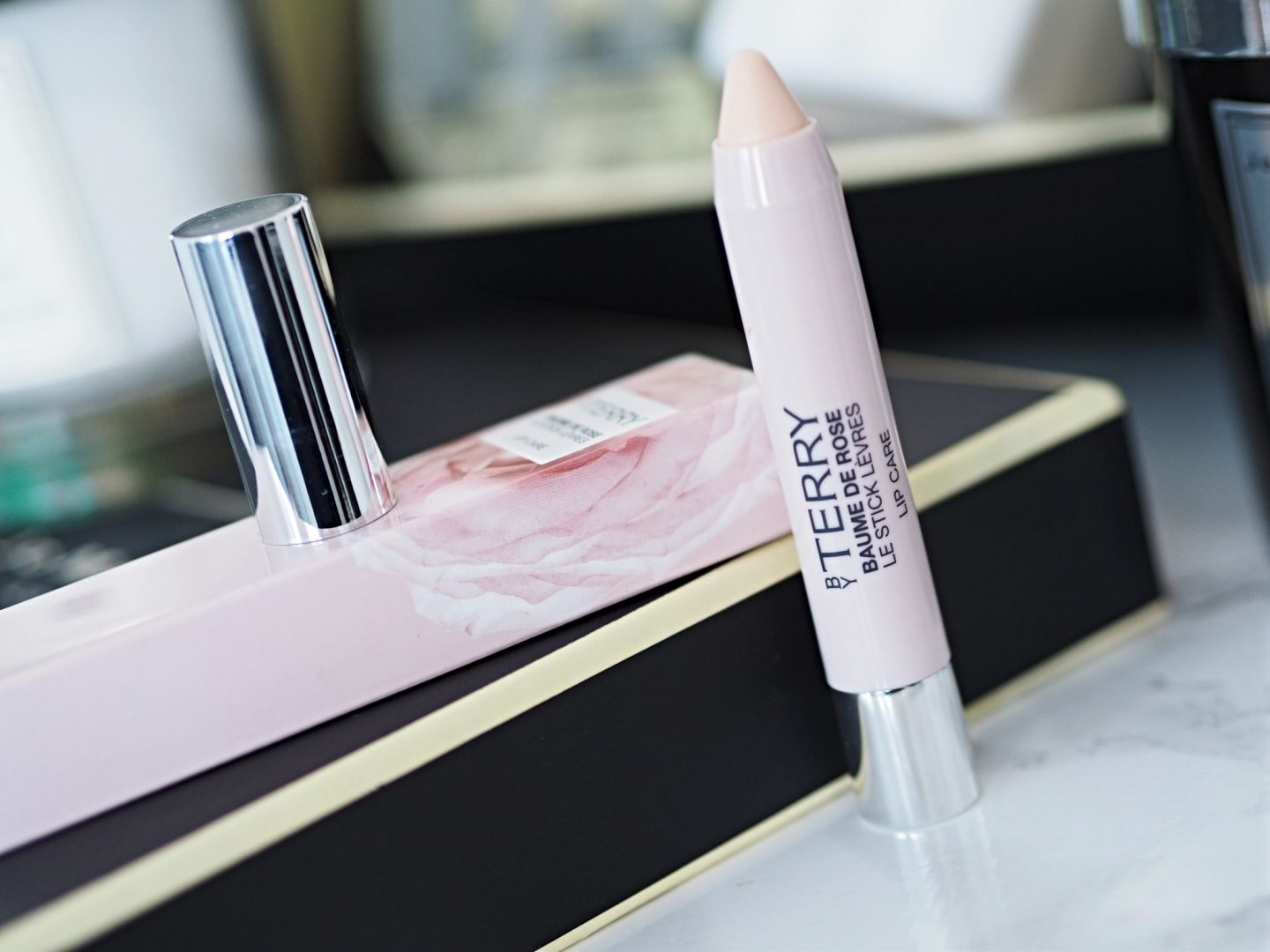 By Terry Baume De Rose Le Stock Levres