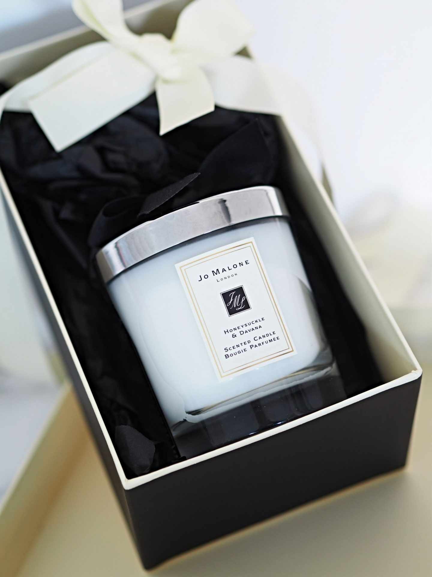 Jo Malone Honeysuckle & Davana Scented candle
