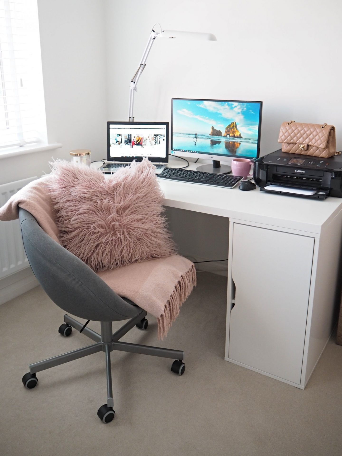 11 Ways To Stay Motivated While Working From Home